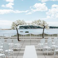Outdoor Wedding Ceremony Photo