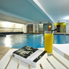 Club Continental Swimming Pool Photo