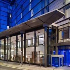 DoubleTree by Hilton Manchester - Piccadilly