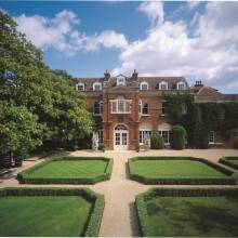 Littleton House, Shepperton Studios