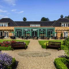 Mercure Walton Hall Hotel & Spa