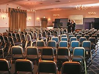 Sovereign Suite - Macdonald Botley Park Hotel, Golf & Country Club
