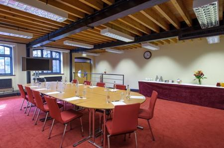 Faraday Room - IET Birmingham: Austin Court