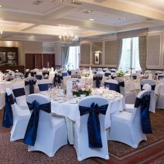 Pitfodels Suite - Macdonald Norwood Hall Hotel