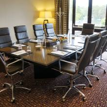 Executive Boardroom - Crowne Plaza Reading