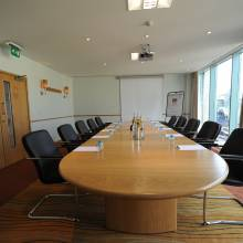 The Swan Boardroom - De Vere Cotswold Water Park