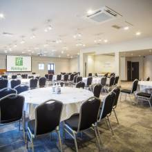 Grenadier Suite - Holiday Inn Reading - South