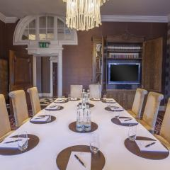 The Library and Lounge - Meetings and Private Dining - The Roseate Reading
